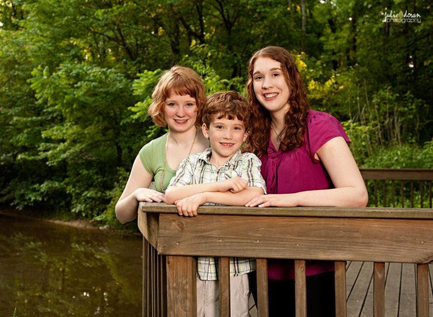 redhead_siblings