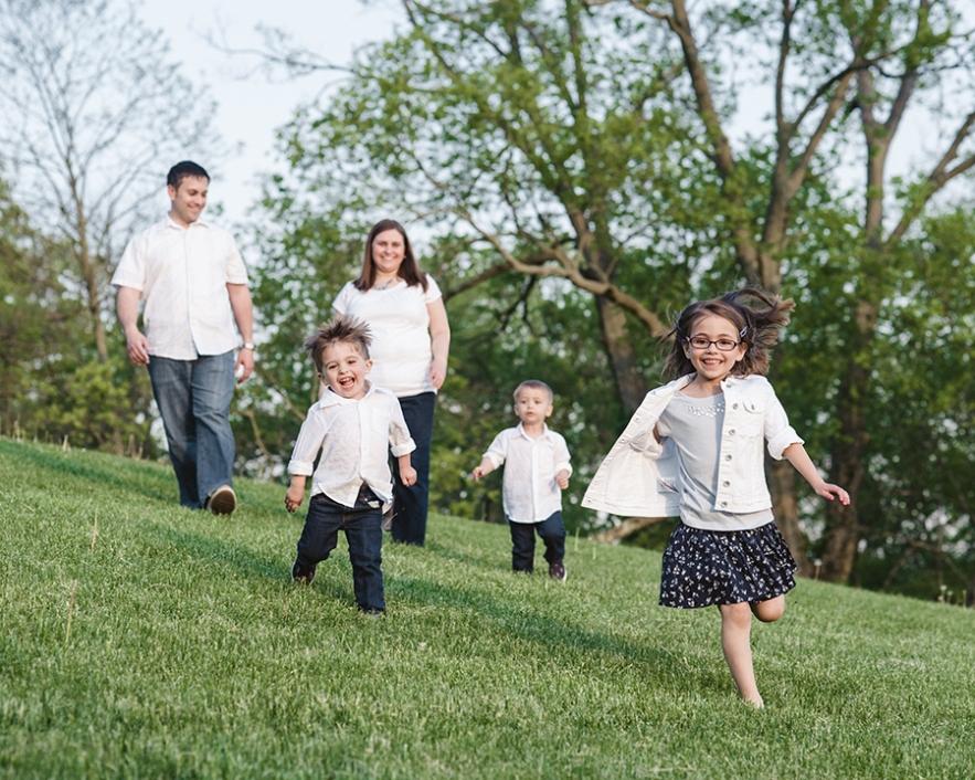 family_running_downhill