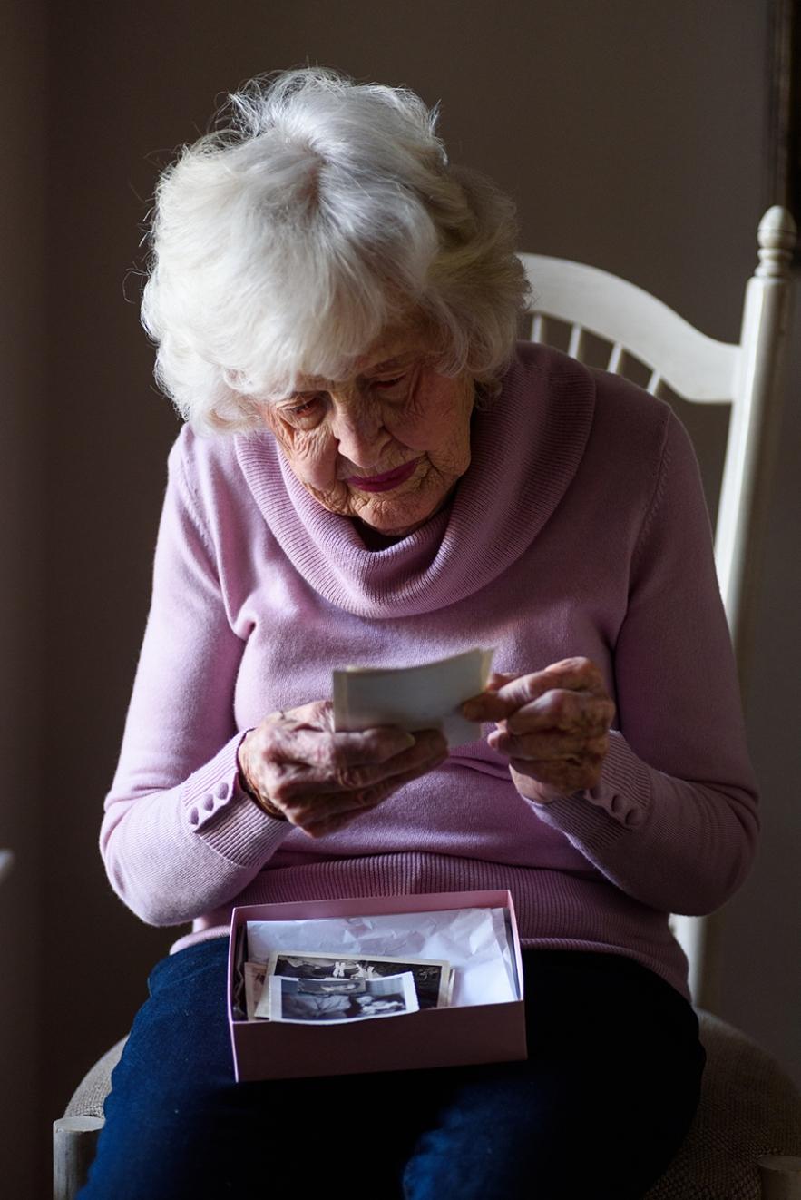 2020_1_12_grandma_old_picture-4976